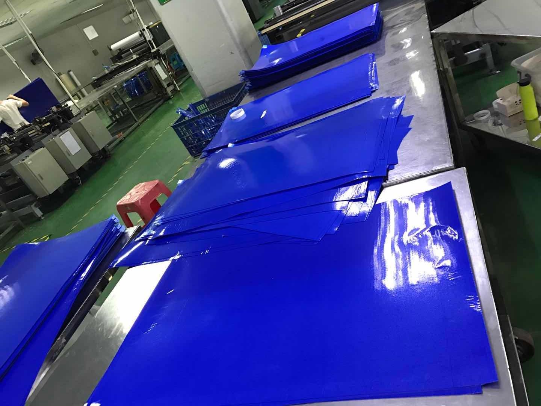 Sticky Mat Blue color production line (002)